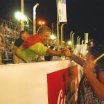 Gobernador de San Luis, Claudio Poggi saluda a los pasistas