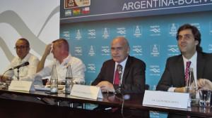 Hotel Hyatt de Buenos Aires: Ministro de Turismo de la Nación, Enrique Meyer, director Ejecutivo del Inprotur, Leonardo Botto, organizadores y funcionarios.