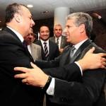 Gobernador Claudio Poggi y Cónsul General de Chile en Mendoza, Roberto Araos Sánchez