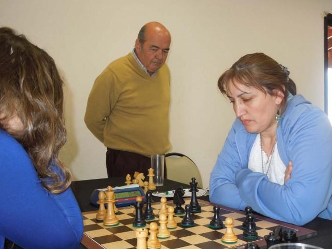 El intendente de Estancia Grande Raúl Videla sigue el juego de Claudia Amura